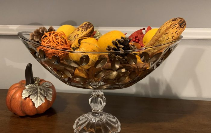 One of my favorite bowls - from Italy -- filled with fall scented potpurri